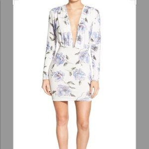 Missguided Floral Plunge Long Sleeve Mini Dress